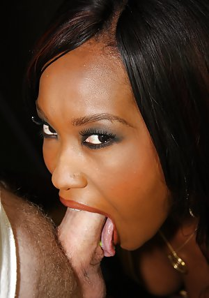 Ebony deep throat
